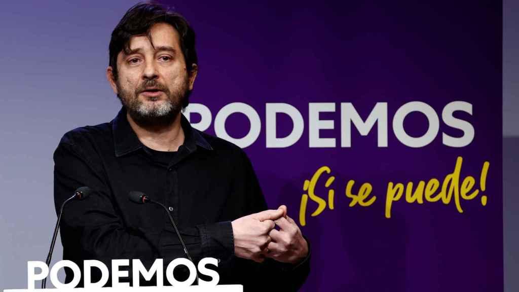 Rafa Mayoral, portavoz de Podemos, valora en rueda de prensa el mensaje de Navidad del Rey.