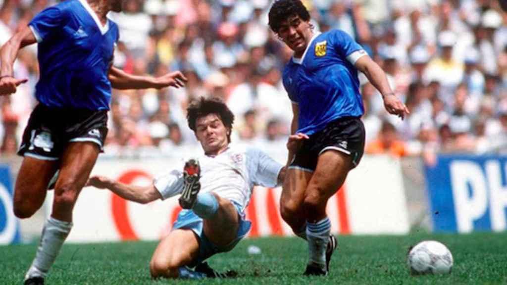 Maradona ante la selección inglesa en el Mundial de Mexico 1986