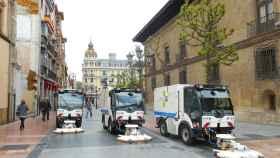 Limpieza de vías de FCC en Oviedo.