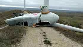 Se rompe por la mitad un aerogenerador de EDPR en un parque eólico de Burgos