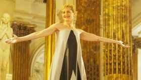 Azucena de la Fuente deslumbra con su estilismo 'made in spain' en la undécima  gala Prenamo
