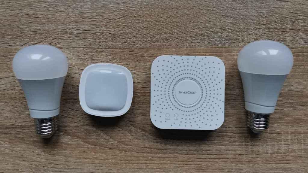 Bombillas, sensor de movimiento y centralita de Lidl Home