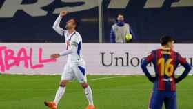 Kike García celebra su gol