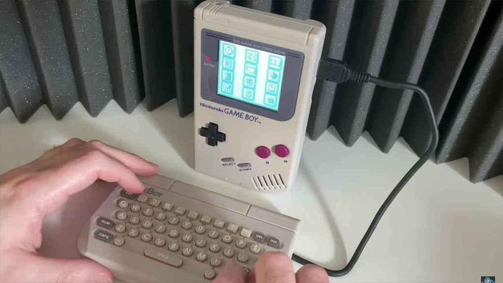 Teclado en Game Boy.