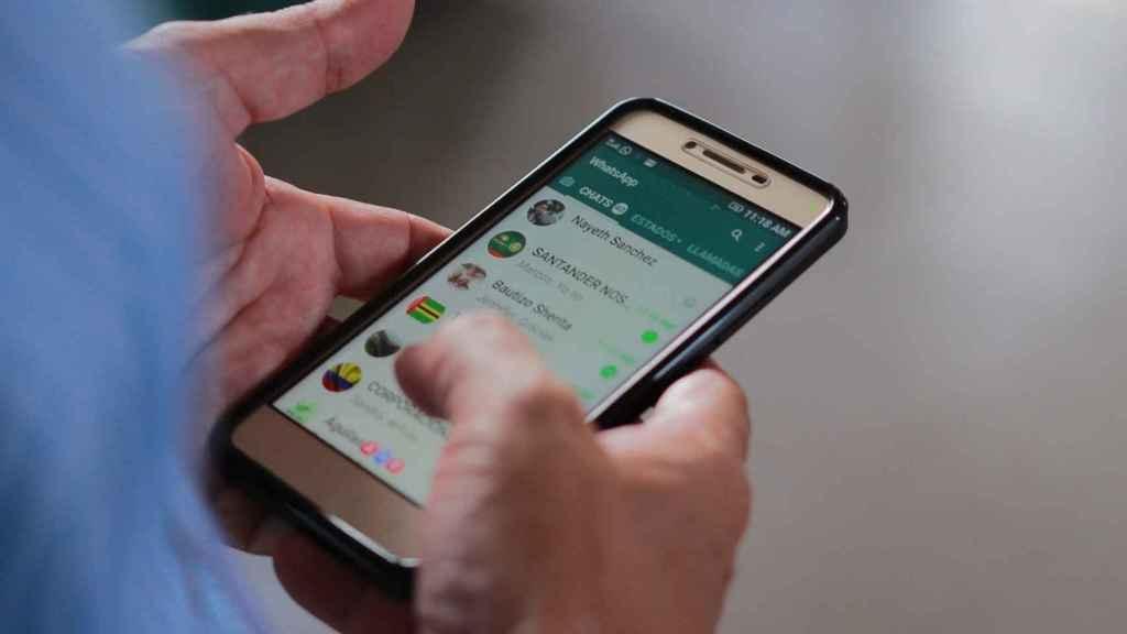 WhatsApp compartirá la información de los usuarios con Facebook.