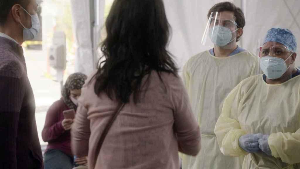 'Anatomía de Grey' ha incorporado la COVID-19 a sus tramas de la nueva temporada.