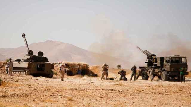 Tanques militares en Qalamoun.