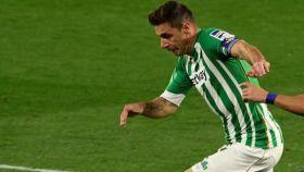 Joaquín, durante el partido entre el Betis y el Cádiz de La Liga 2020/2021