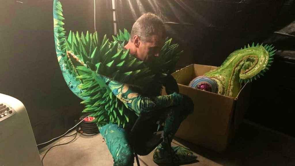 El camaleón Toni Cantó, en los instantes previos a una gala de Mask Singer. EE