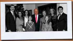 La Familia Real, excepto la infanta Cristina, Iñaki Urdangarin y sus hijos, en el 80 cumpleaños del rey Juan Carlos.