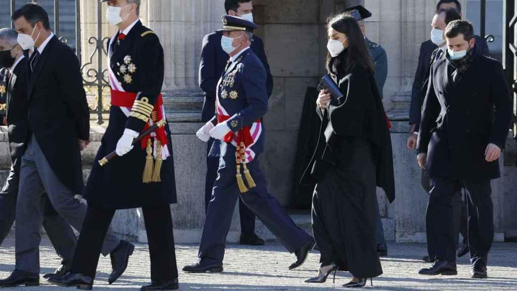 Los Reyes han presidido la tradicional Pascua Militar, modificada por el coronavirus.