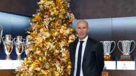 Zinedine Zidane y el árbol de Navidad