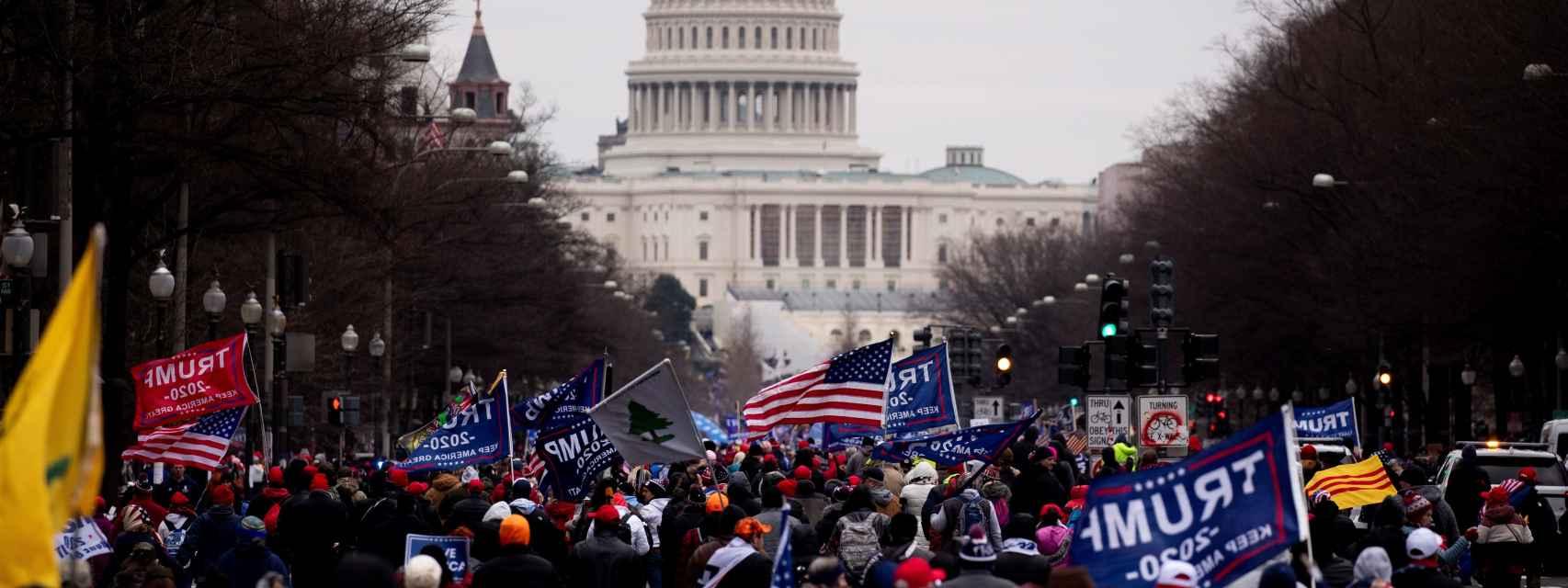 El asalto al Capitolio en directo: decretan el toque de queda desde las 18.00 horas