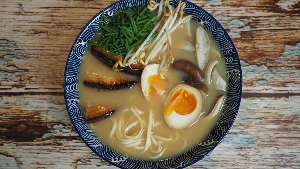 Ramen, sopa caliente japonesa