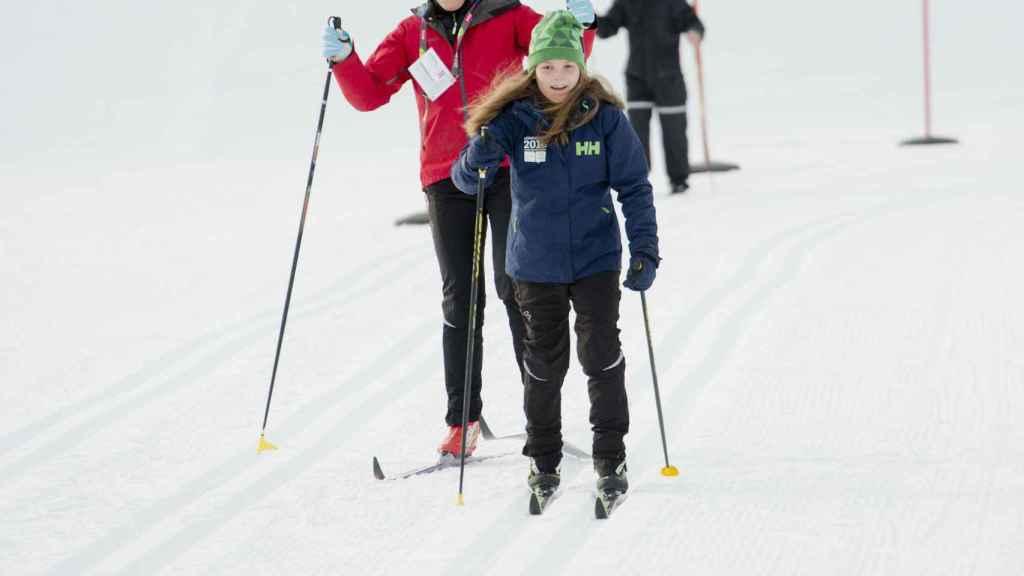 Mette-Marti e Ingrid Alexandra esquiando en una imagen de archivo.