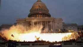 Simpatizantes de Donald Trump, durante la toma del Capitolio.