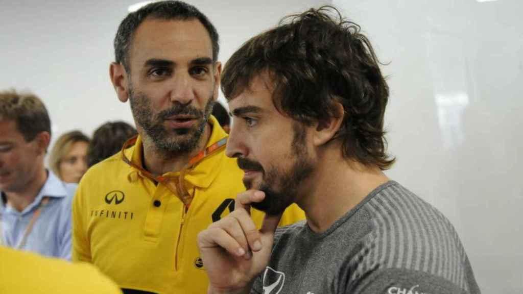Cyril Abiteboul y Fernando Alonso