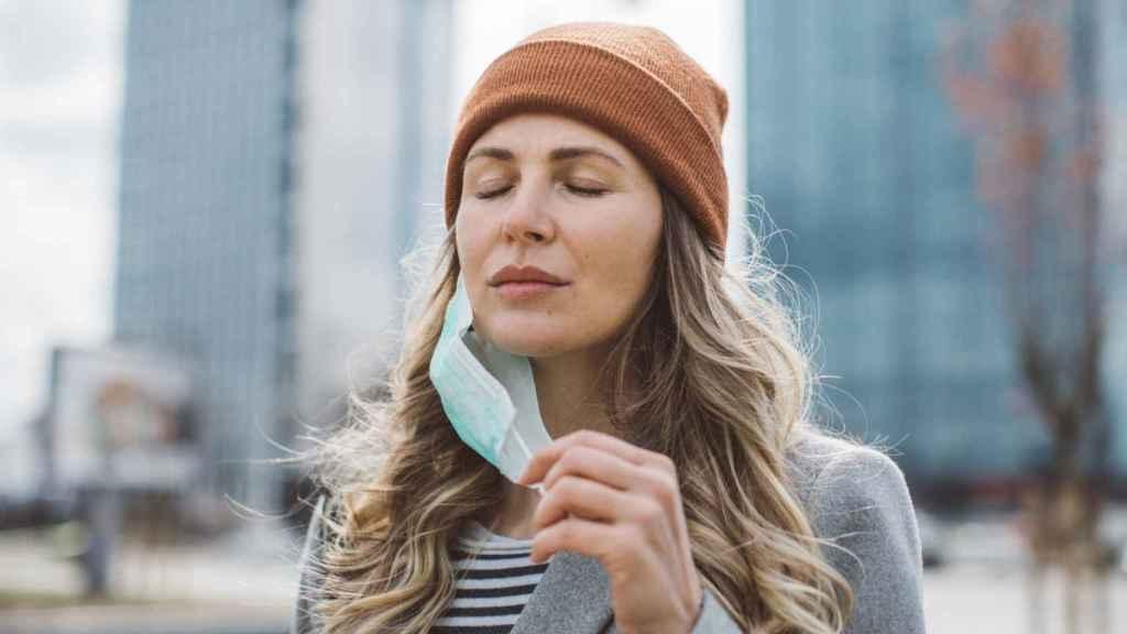 Cadenas para las mascarillas: el accesorio que forma parte de la nueva normalidad