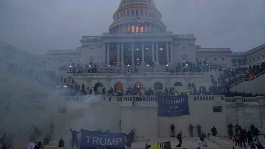 United States Capitol being stormed