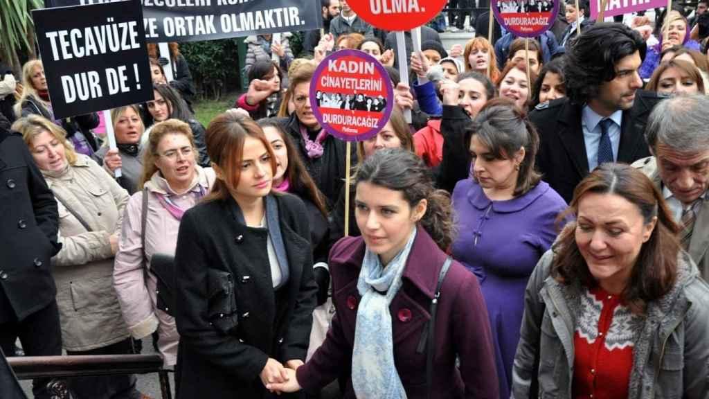Escena de la serie Fatmagül.