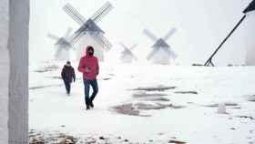 Nieve este jueves en la localidad ciudadrealeña de Campo de Criptana. Foto: Europa Press