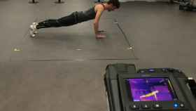 Un usuario de gimnasio en uno de los programas del IBV.