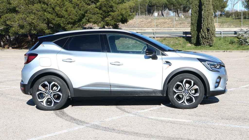 El Renault Captur e-Tech es uno de los SUV híbridos enchufables más vendidos en España.