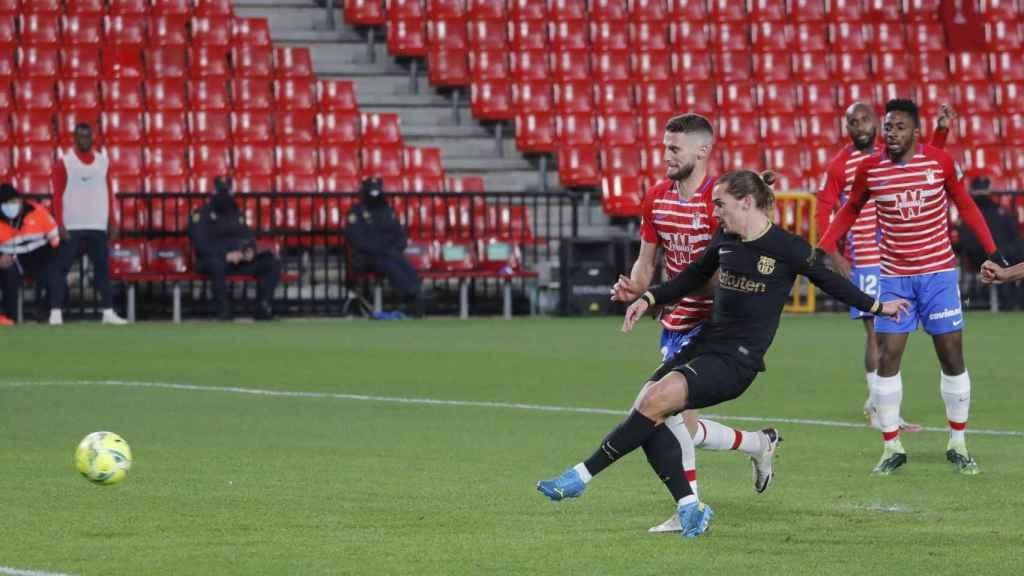 Antoine Griezmann, en la acción del gol del Barça ante el Granada CF