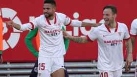 En-Nesiry celebra uno de sus tres goles a la Real Sociedad
