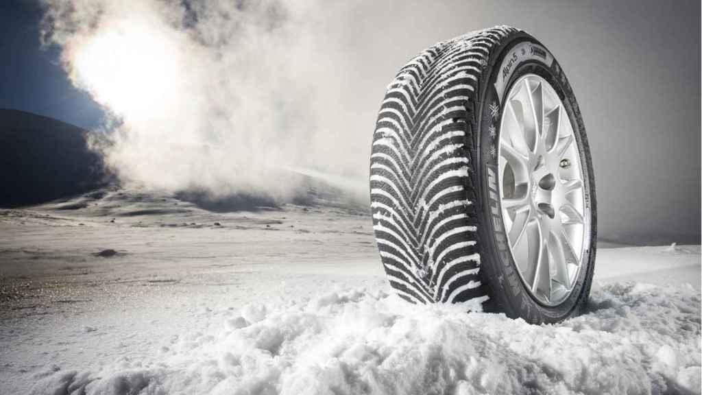 Neumático de invierno.