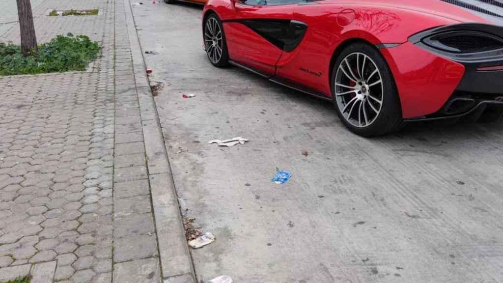 Los coches de lujo que aparecieron en el barrio marginal de Las Tres Mil Viviendas el día de Reyes