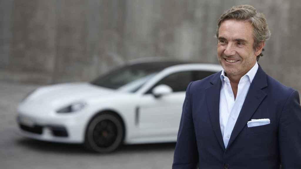 Tomás Villén, antes de Porsche, ha pasado por PSA (Peugeot), Land Rover, BMW y Seat, donde llegó a ser director general.