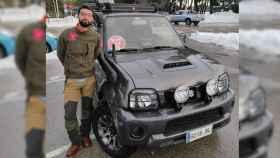 Jorge, uno de los conductores voluntarios de coches 4x4 que trasladan a sanitarios.