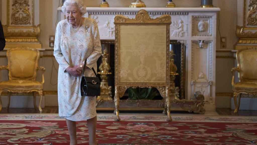 Isabel II, en el Palacio de Buckingham.