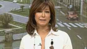 Ana Rosa Quintana presentando el primer programa de 'El programa de Ana Rosa' el 10 de enero de 2005.