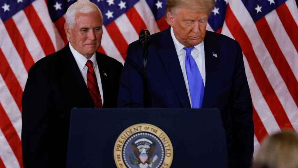 Mike Pence y Donald Trump, durante una rueda de prensa en la Casa Blanca.