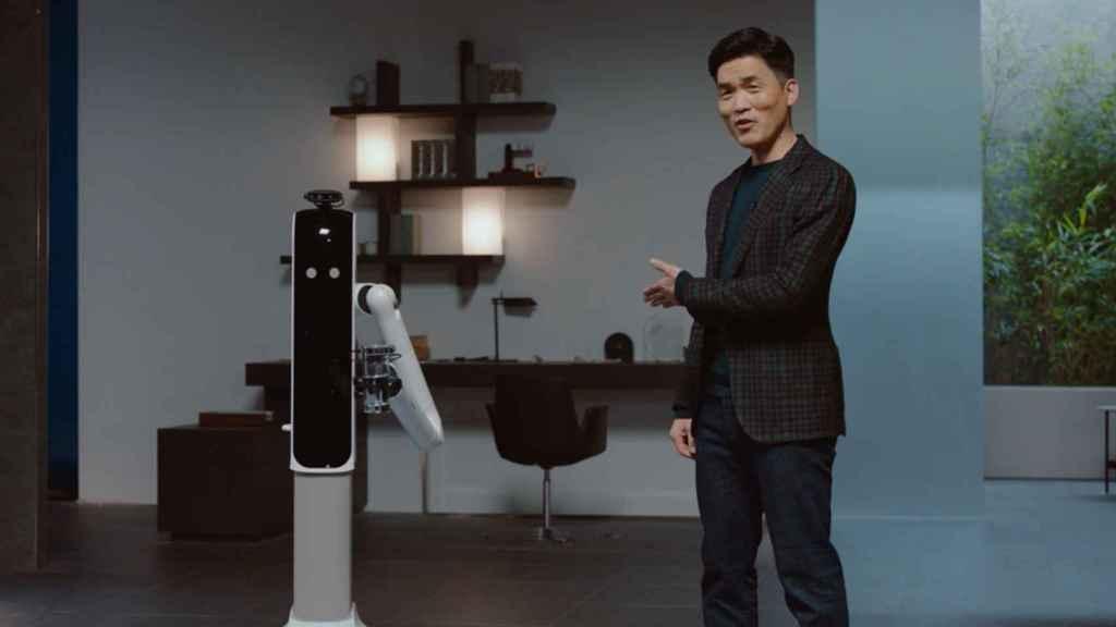 Los robots de Samsung servirán como asistentes de los usuarios.