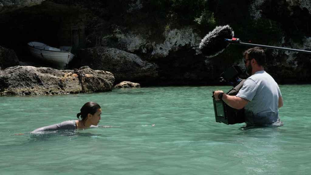 Megan Muntaner en una imagen del rodaje de 'La Caza. Tramuntana'.