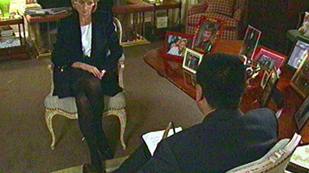 Diana concedió una explosiva entrevista a la BBC en 1995.