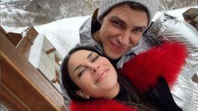 Carla Barber y Diego Matamoros en la nieve.