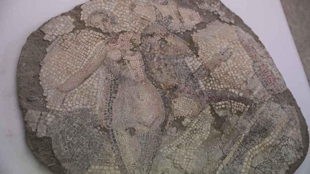 Pieza del mosaico del rapto de Europa del Museo Arqueológico de Sevilla.