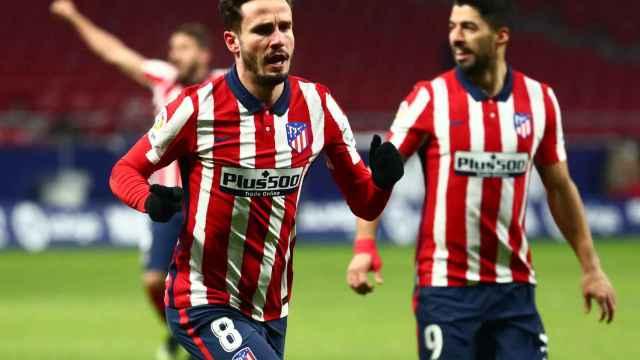 Saúl Ñíguez celebra su gol al Sevilla en el Wanda Metropolitano