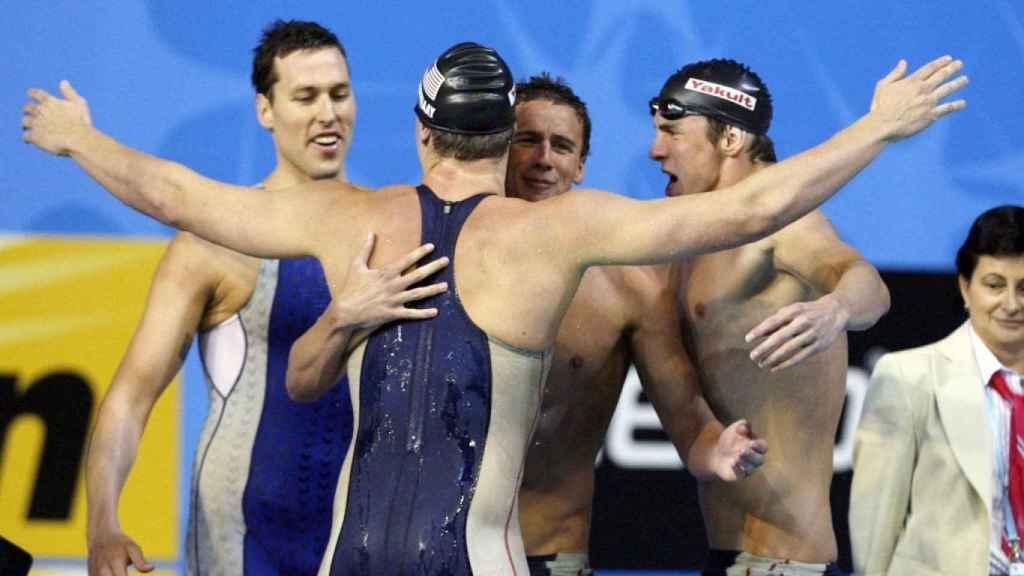 Klete Keller junto a Michael Phelps celebrando una victoria en los Juegos Olímpicos