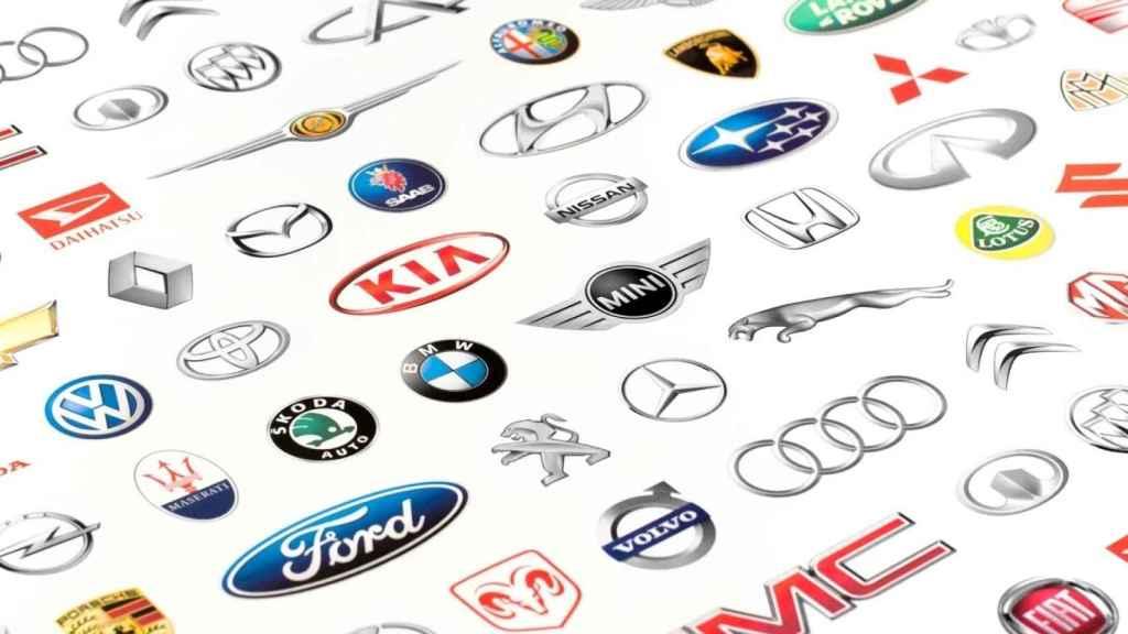 Logotipos de diferentes marcas de coches.