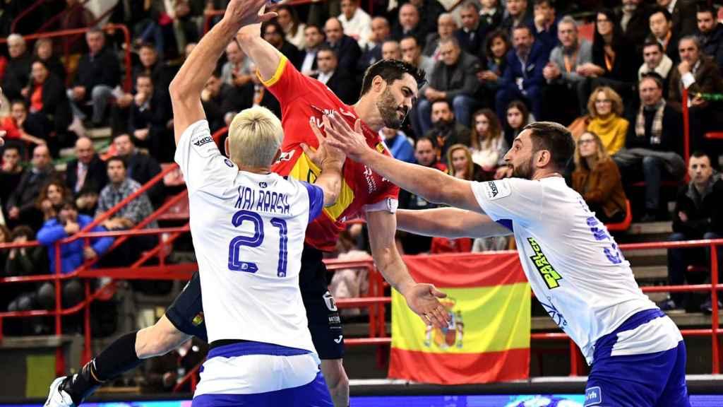 Raúl Entrerríos, durante un partido con la selección española de balonmano