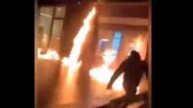 Graves altercados en Bruselas en la protesta por la muerte de un joven de ascendencia guineana en comisaría