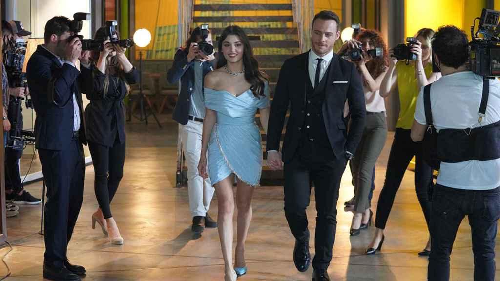 Imagen de la serie 'Love is in the air' (Mediaset)