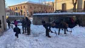 Militares del Ejército retiran nieve este miércoles en Toledo. Foto: Delegación del Gobierno en Castilla-La Mancha