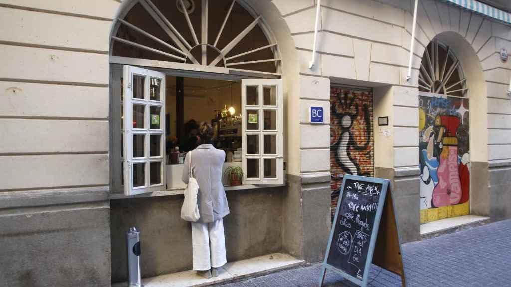 Una cafetería en Baleares ante las nuevas restricciones.