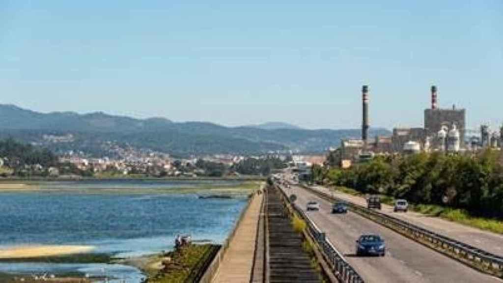 La plantilla de Ence, contra la Ley de Cambio Climático, amenaza la planta de Pontevedra